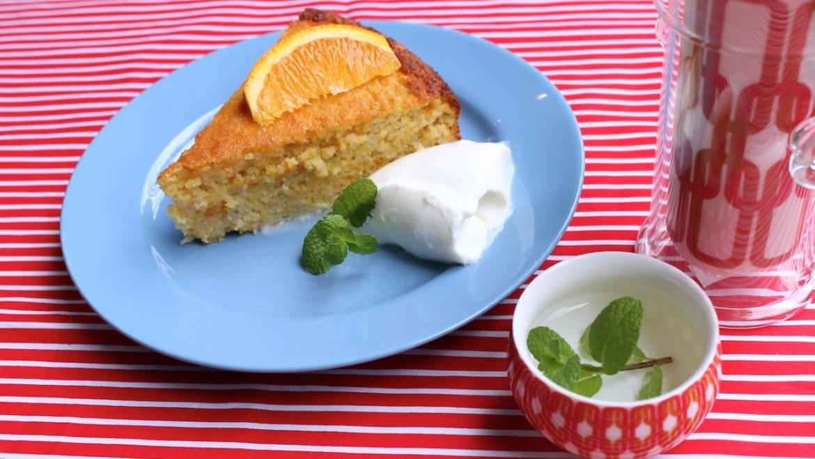 Bake for your mum for mother's day – Orange and Chia Seed cake and a cheeky giveaway.