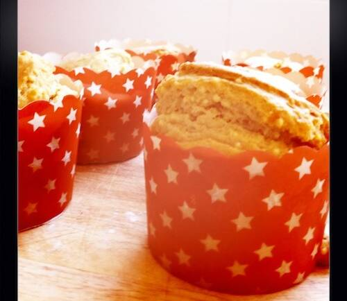 Something delicious :: Raspberry and Millet Muffins