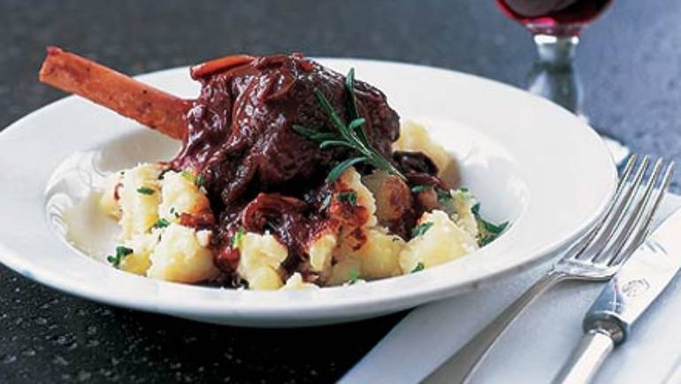 Good Food Friday : Braised lamb shanks