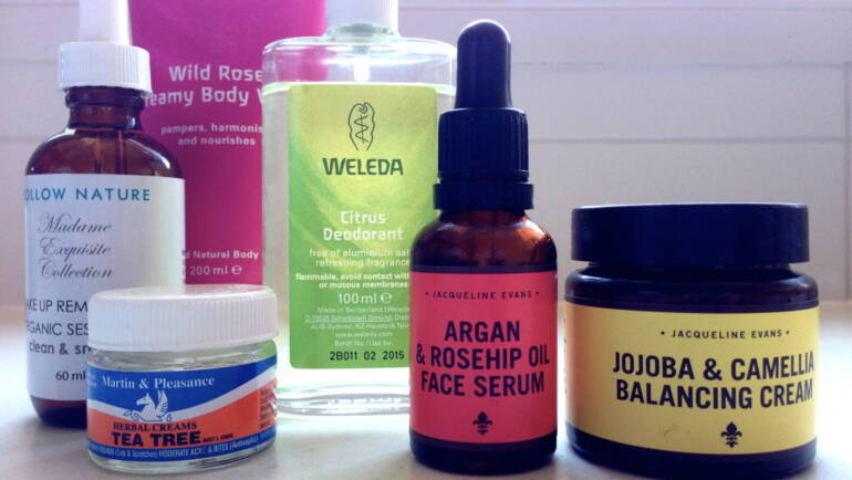 What's inside my beauty bag.  My top body products and why yours may be harming your fertility.