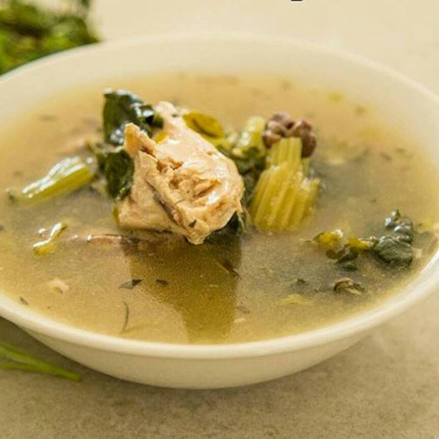 Foodie Friday: Chicken and Vegetable Bone Broth