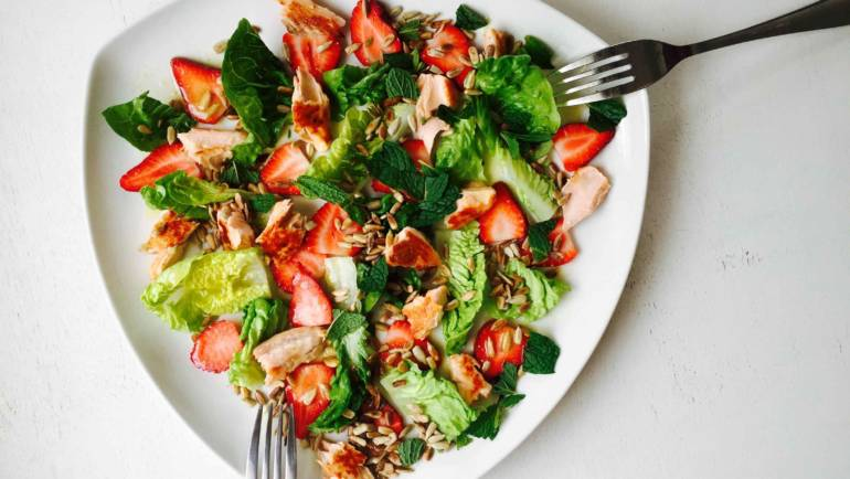 Food Feature: Strawberry salmon salad