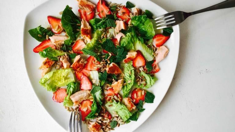 Food Feature: Strawberry salmon salad
